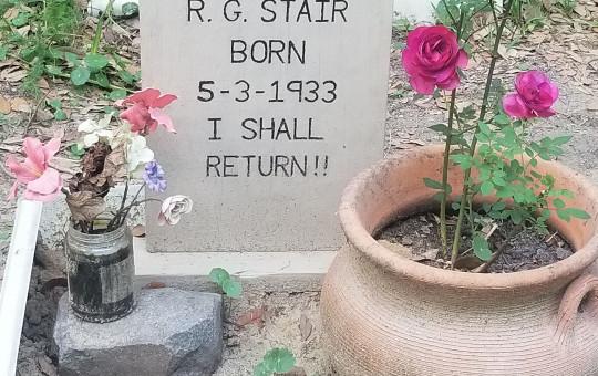 Bro Stair Grave death